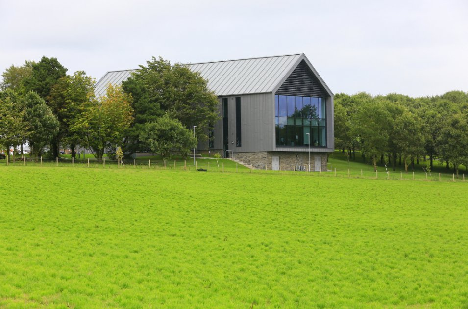 images/projects/images/HD/00000000087/rivers_agency_headquarters_loughry_college_7_85322.hd8